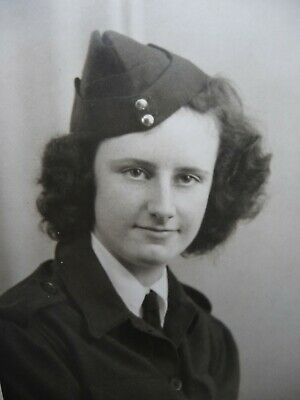 £2.95 • Buy Young British Lady In Uniform Ww2 Real Photo Dated 20th Jan. 1944