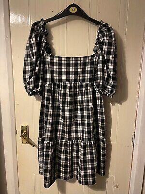 £5 • Buy Black And White Check Dress H And M Size 12