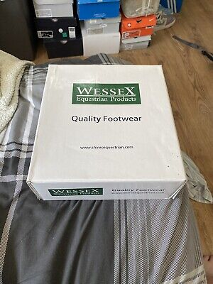 £30 • Buy Wessex Leather Chelsea Boots Size 8 BRAND NEW !