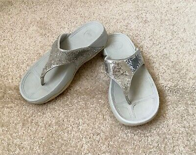£12 • Buy FitFlop Sandals Kids Size UK 13