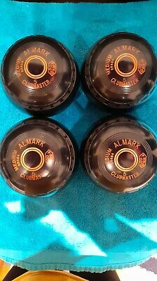 £40 • Buy Set Of Four Almark Clubmaster Bowls Size 5 With Grips And Orange Rings