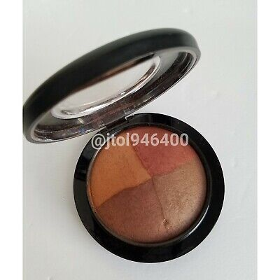 $99.99 • Buy Mac Naturally Enhanced Mineralize Skinfinish     Limited Edition / Discontinu