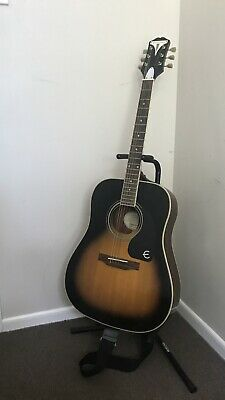 AU125 • Buy Guitar With Stand And Strap!