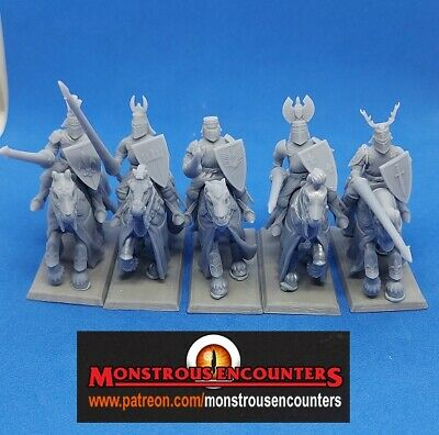 £10 • Buy 3rd Party Bretonnian Knights Of The Realm X 5