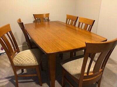 AU500 • Buy Dining Table & Chairs