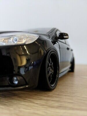 £89.99 • Buy Modified Minichamps Ford Focus St 1/18