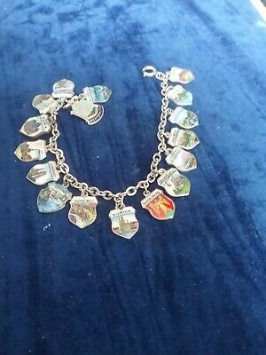£40 • Buy Beautiful Vintage  SilverTravel Charm Braclet  - 17 Charms - 24 Gms