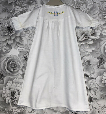 £6 • Buy Girls Age 0-3 Months - Vintage Mothercare - Night Dress