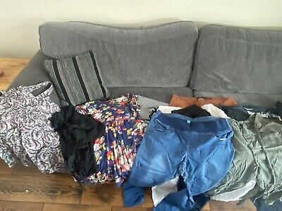 £21 • Buy Size 16 Maternity Bundle Including 12 Pairs Of Trousers/jeans