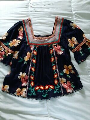 $ CDN36.36 • Buy Anthropologie Top Black Floral Size XS Embroidered EUC