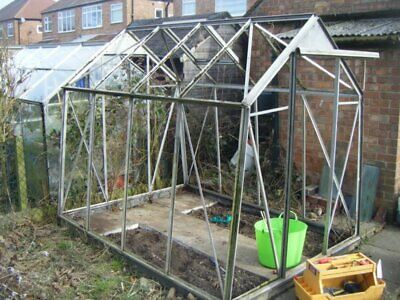 £2 • Buy Greenhouse Replacement Windows - 5mm Polycarbonate Clear