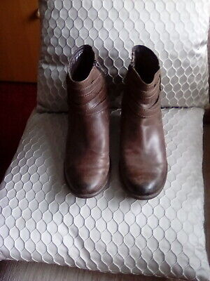 £11.50 • Buy Clarks Brown Ankle Leather  Boots UK Size 5