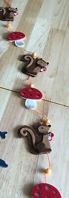 £4.99 • Buy Autumn Squirrel Felt HangerMobile Ideal For Hanging On Pictures Or Mirrors VGC
