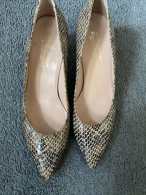 £16 • Buy Fabulous Stuart Weitzman Court Shoes - Russell And Bromley - Small 6