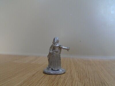 £10 • Buy GRENADIER MODELS Fantasy Personalities #813 Female Assassin W Cup Of Poison Mini