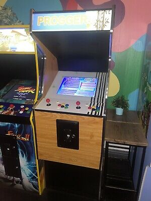 £700 • Buy Arcade Machine 2 Player - Theme - Over 2000 Games + Coin Operated