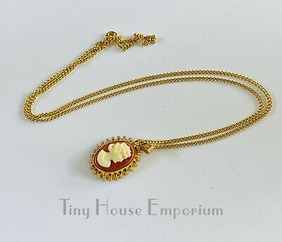 £1 • Buy Faux Cameo Costume Necklace Gold Tone Chain