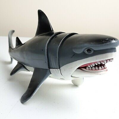 £9.40 • Buy Toys R Us Chap Mei Shark Rescue Squad Chomping Great White Encounter Toy 10