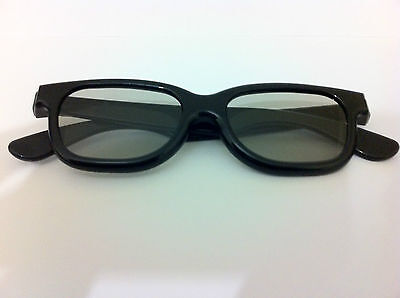2 Pairs Of High Quality 3D Passive 3D Glasses. Black For 3D TV LG's Etc RealD • 3.49£