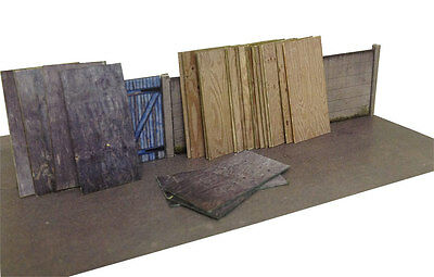 £3.49 • Buy 63 SHEETS OF 8ft X 4ft PLYWOOD FOR OO GAUGE 1:76 MODEL RAILWAY BUILDINGS AX005