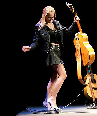 $ CDN12.58 • Buy Jewel Kilcher 8x10 Photo Picture Pic Hot Sexy Leather Outfit Live In Concert 1