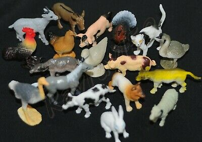 8 Small Toy Farm Animal Play Figures May Include Pig Hen Duck Goat Cat Dog G54 • 3.34£