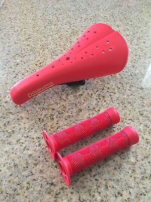 $36.99 • Buy RED Viscount Dominator Old School Style BMX Seat W/ Grips