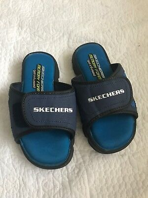 Sketchers Slippers Boys Size 10.5 • 3£