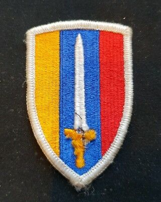 A US Cloth SSI Formation Insignia Patch.  United States Army Vietnam Class A  • 2.99£