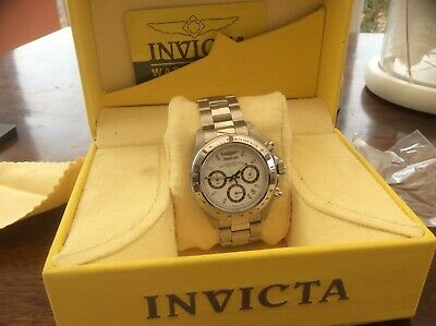 View Details MENS INVICTA WATCH USED ONCE EXCELLENT CONDITION WITH BOX • 50.00£