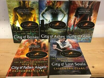 Mortal Instruments, By Cassandra Clare: Collection Of 5 Children's Fiction Books • 18£