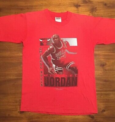73e3e9ca5c720b Vintage Michael Jordan T Shirt Chicago Bulls Starter Red NBA Size Medium  Large • 25.00