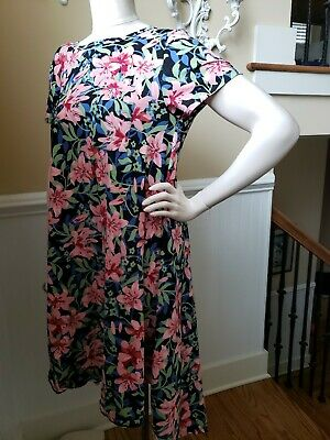$45 • Buy Lularoe M Carly - Beauty Floral  Noir Black  Pink Blue Green Red Cotton  Comfort
