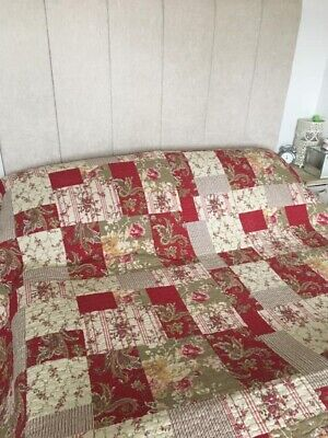 £50 • Buy Super King Size Quilted Bedspread