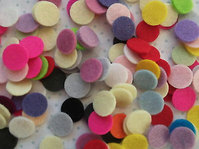 30  X 1.5cm Die Cut Felt Circles Grab Bag - Quality  100% Wool Felt • 2.50£
