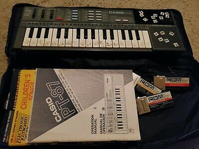 $57.99 • Buy VTG Casio PT-87 Mini Keyboard With Casio ROM Pack Lot Of 3+ MANUAL+SONG BOOKS!!!