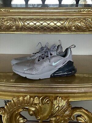NIKE MEN'S Air Max 270 Flyknit Gray Size 11.5 Excellent Condition • 69.99$