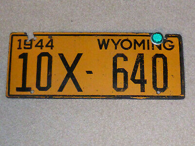 1944 WYOMING License Plate, Ex Condition, Original Paint,Wartime Fiberboard,RARE • 137.25$