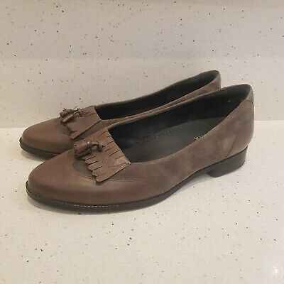 AU70 • Buy Ziera Size 40 W Khaki Flat Comfortable Slip On Loafers