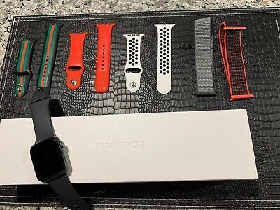 $ CDN358.67 • Buy Apple Watch Series 4 44 Mm Space Gray Aluminum Case With 6 Bands (GPS)