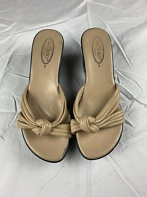 $19.95 • Buy Callisto Genuine Designer Womens Sandals Shoes Beige Black Size 8