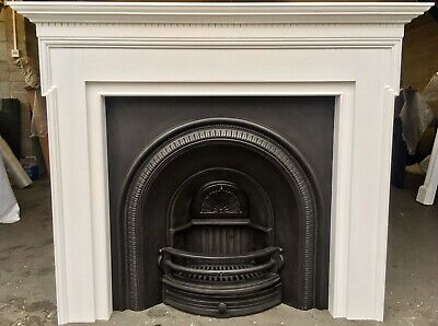Large Victorian Style Arched Cast Iron Fireplace & Solid Oak Painted Surround • 345£