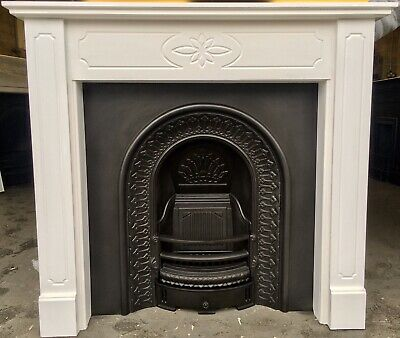 Arched Victorian Style Cast Iron Fireplace & Lovely Painted Surround • 299£