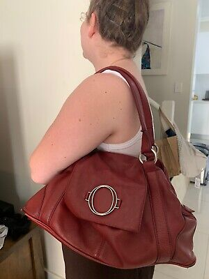 AU5 • Buy Beautiful Red Oroton Bag - Used