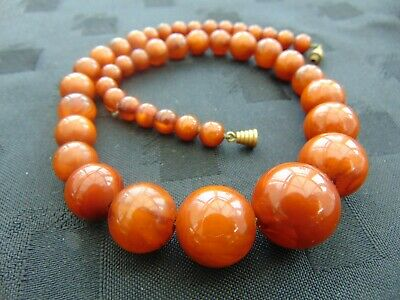 Vintage French Marbled Butterscotch Amber Bakelite Graduated Bead Necklace • 75£
