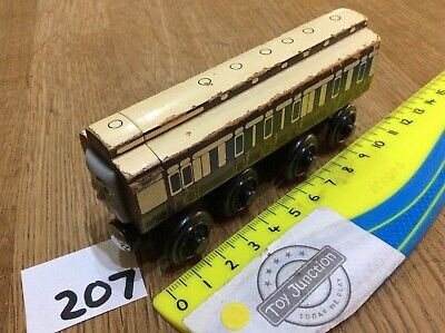 Old Slow Coach From Thomas The Tank Engine - Wooden Train Track (Fits BRIO Etc) • 10.99£