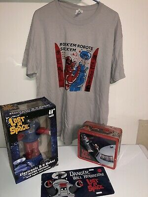 $ CDN143.99 • Buy Lost In Space Retro B9 Robot,Lunch Box, License Plate & T-shirt Large Or XL Set!