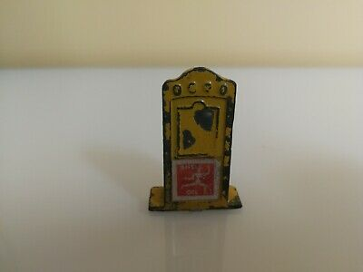 Johillco Rare    Oil Cabinet   Vintage Toy Lead Figures  • 14.90£