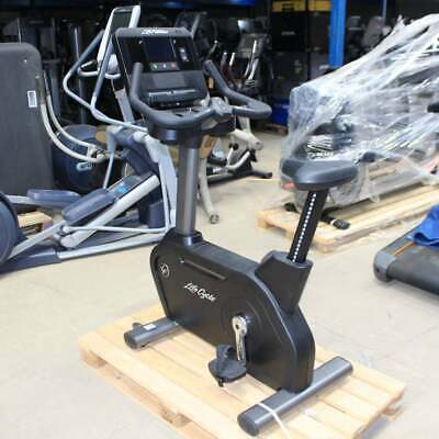 £2645 • Buy Life Fitness Bike Integrity LifeCycle DX Console Upright *Ex-Demo Commercial Gym