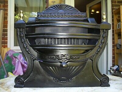 Victorian Style Cast Iron Fire Grate • 80£